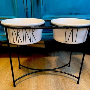 🐶 Rae Dunn DRINK & EAT raised dog bowls